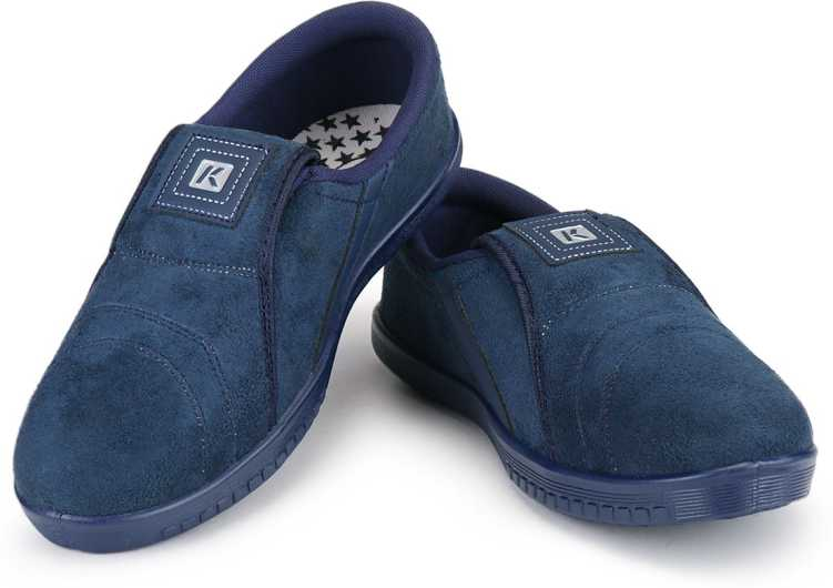 Casual Shoes From Rs.197